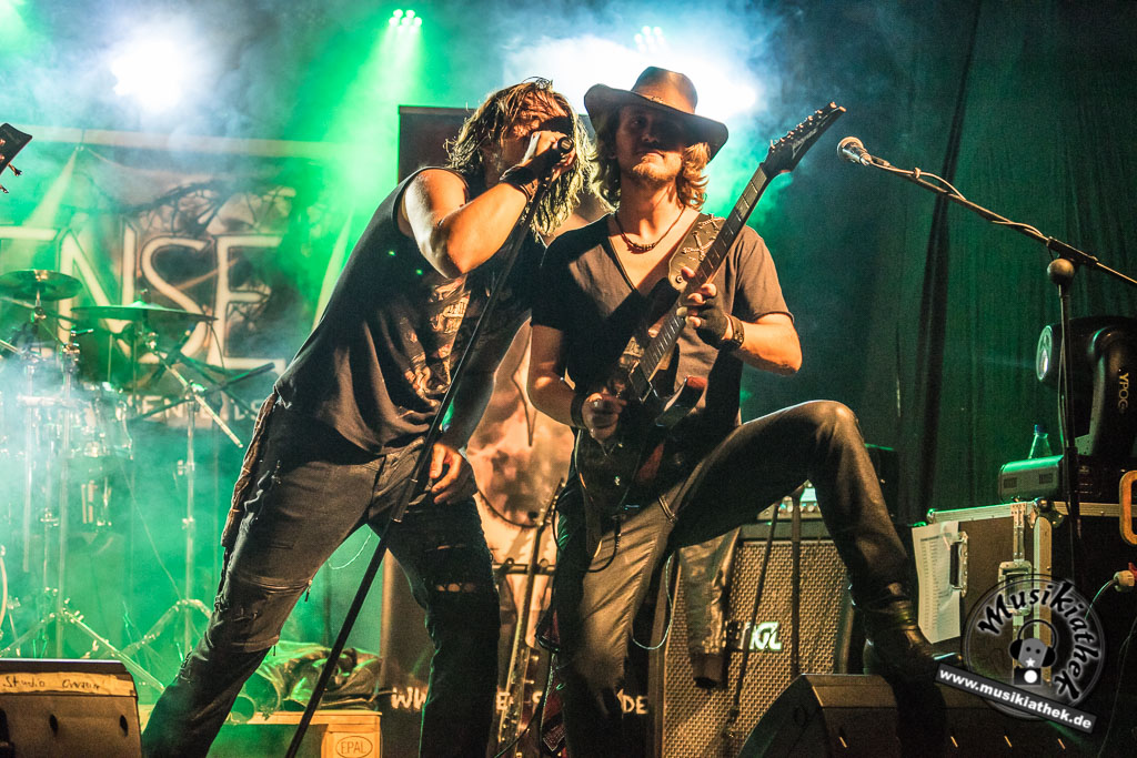 Fotos: Oversense - School Of Rock 10.09.2016