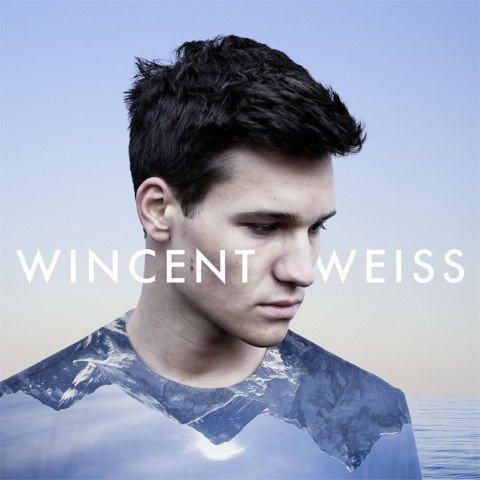 """Wincent Weiss – live und akustisch mit seinem Song """"Feuerwerk"""""""