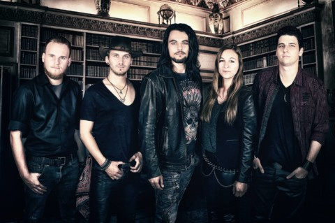 """Oversense erobern mit ihrem neuen Album """"The Storyteller"""" die Metalherzen"""