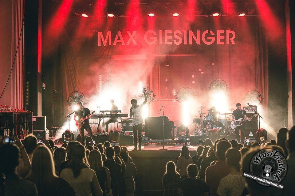 Max Giesinger Lichtburg Essen by David Hennen Musikiathek-49
