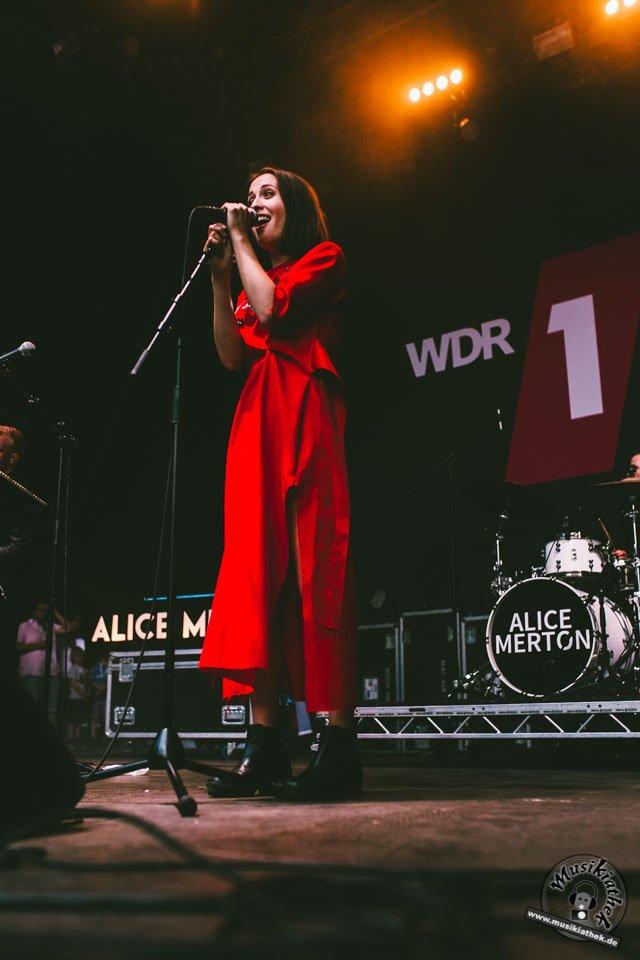 Alice Merton by Sarah Köster-24