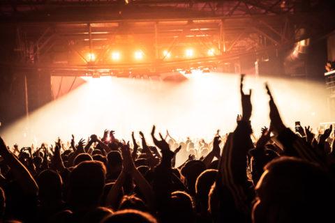 """Lenny Kravitz auf """"Raise Vibration Tour 2018"""": Konzerte in München, Berlin, Frankfurt und Köln"""