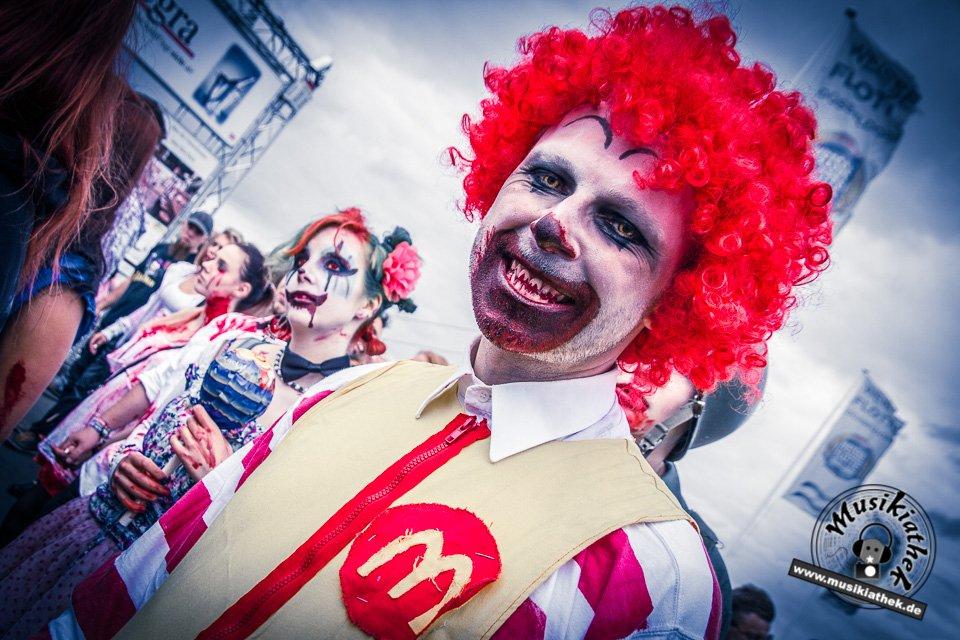Die 23 coolsten Halloween Kostüme & Makeup zum Thema Zombie-10