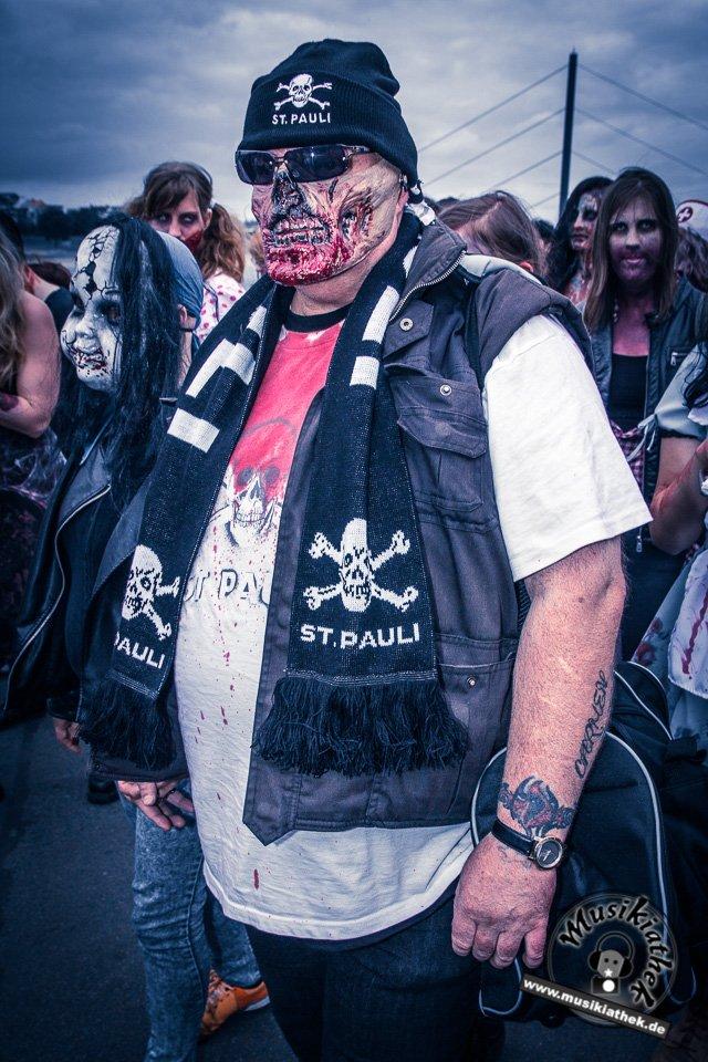 Die 23 coolsten Halloween Kostüme & Makeup zum Thema Zombie-7