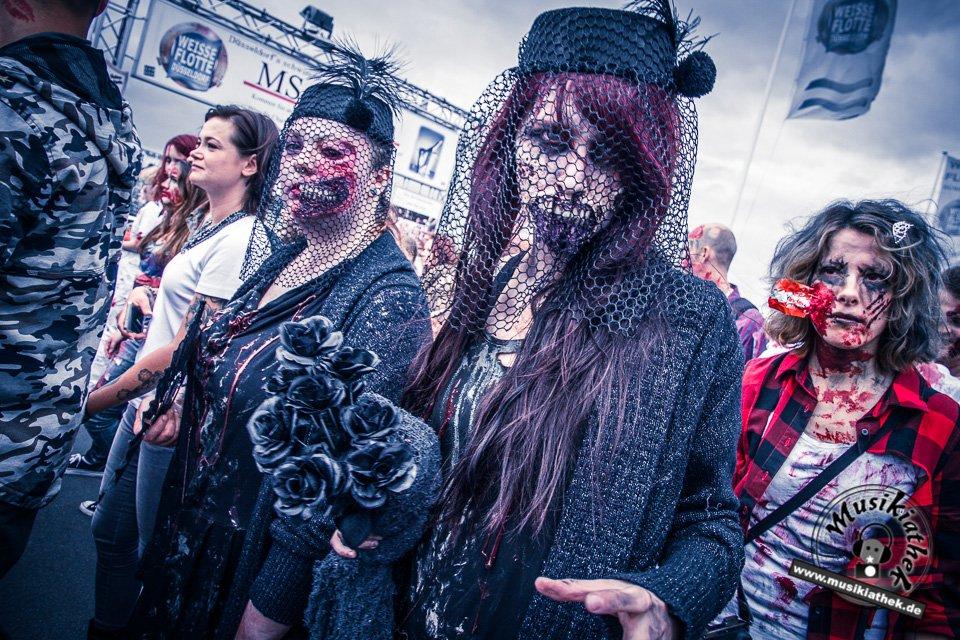 Die 23 coolsten Halloween Kostüme & Makeup zum Thema Zombie-9