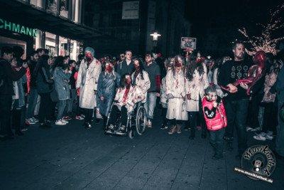 Fotos Zombiewalk Essen 2017, @Musikiathek-103