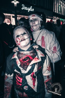 Fotos Zombiewalk Essen 2017, @Musikiathek-111