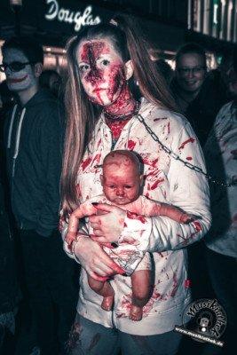 Fotos Zombiewalk Essen 2017, @Musikiathek-124