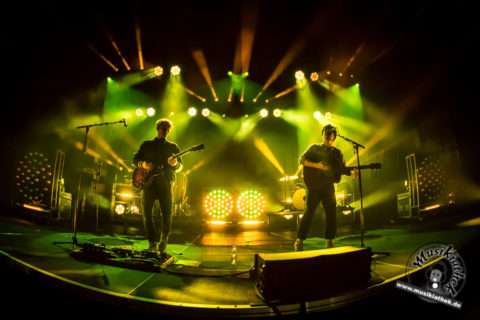 Live/Fotos: Milky Chance (Support: Lola Marsh) – Phoenixhalle Dortmund – 21.02.18