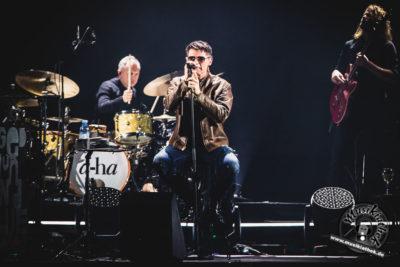 a-ha by David Hennen, Musikiathek-15