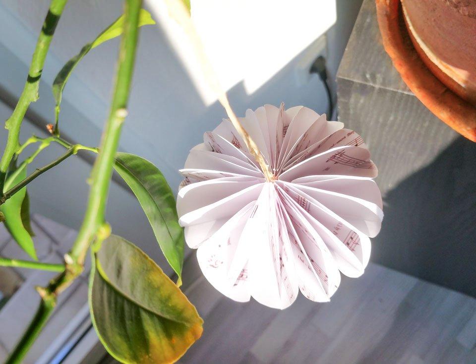 Papierblume Basteln Schone Diy Blumen Aus Papier