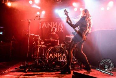 Anna Lux-38