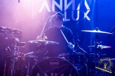 Anna Lux-52