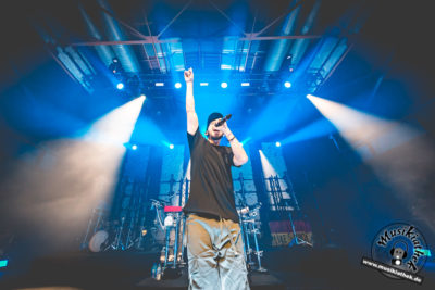 Mike Shinoda by David Hennen, Musikiathek-11