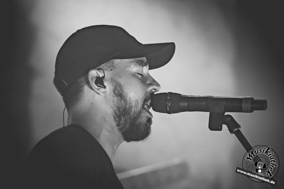 Mike Shinoda by David Hennen, Musikiathek-41