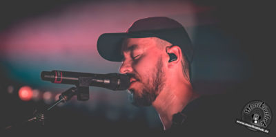 Mike Shinoda by David Hennen, Musikiathek-51