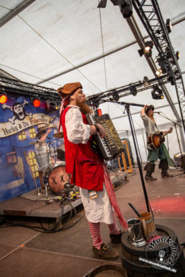 Mr. Hurley & Die Pulveraffen - Reload Festival 2018 - 25. August 2018 - Musikiathek midRes (7)