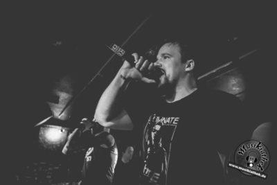 Mein Kopf ist ein brutaler Ort by Musikiathek-13