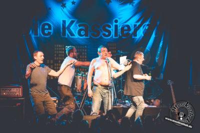 Die Kassierer by David Hennen, Musikiathek-33