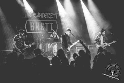 Brett by David Hennen, Musikiathek-30