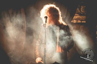 Silver dust by David Hennen, Musikiathek-9