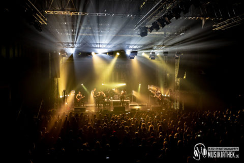 Live / Fotos: Nacht der Helden – Turbinenhalle Oberhausen – 29.12.2018
