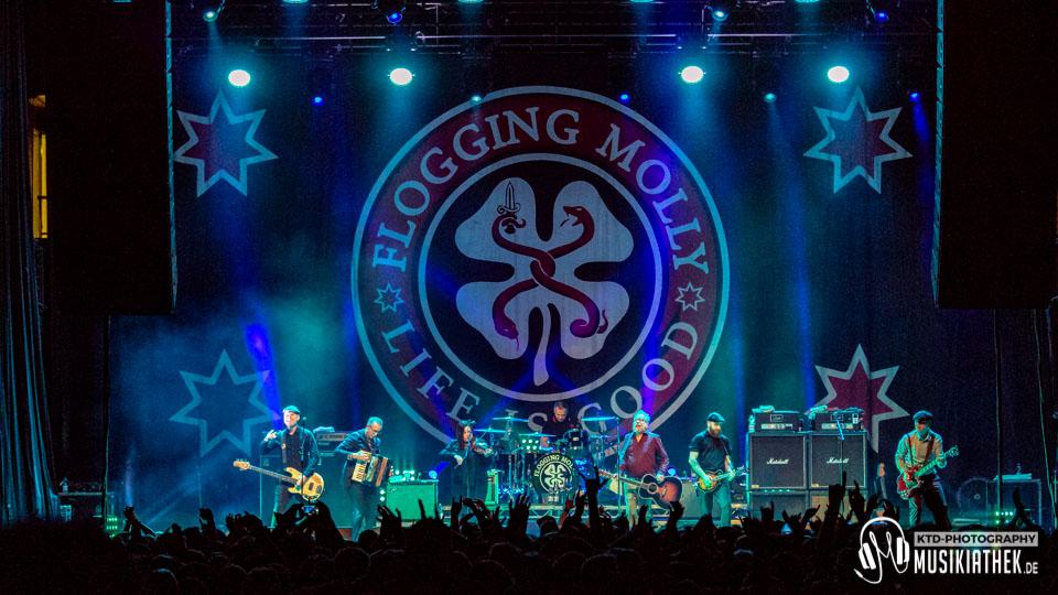 Flogging Molly - Palladium Köln - 18. Januar 2019 - 029 Musikiathek midRes