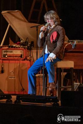 2019-02-22 Helge Schneider - Historische Stadthalle Wuppertal - 22. Februar 2019 Musikiathek midRes (4)
