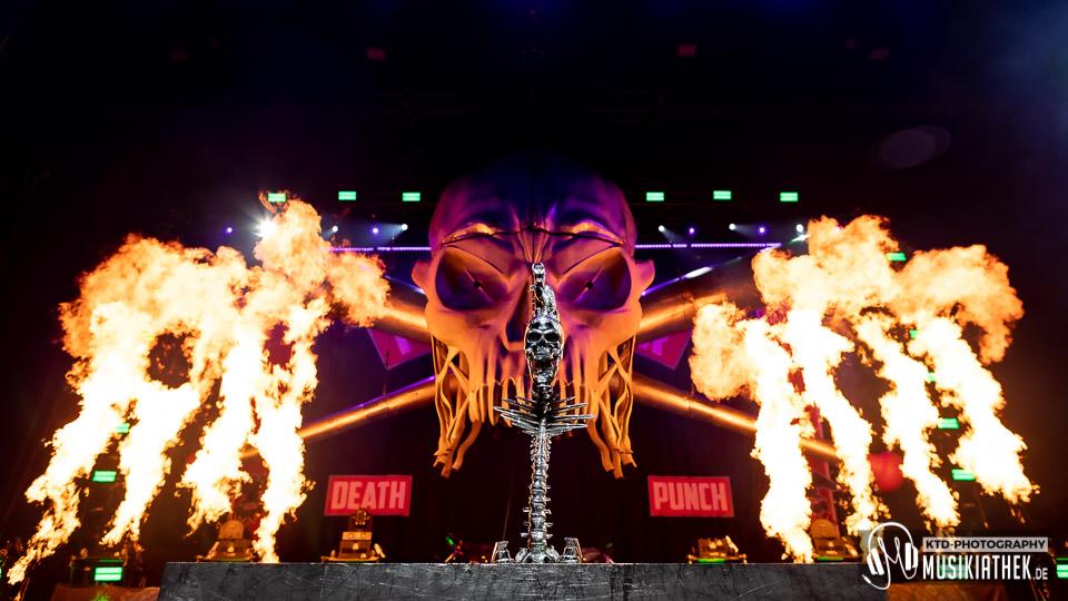 Five Finger Death Punch KöPi Arena Oberhausen 08. Februar 2020 026 Musikiathek midRes - Live / Fotos: Five Finger Death Punch  - KöPi Arena Oberhausen  - 08.02.2020